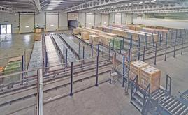 Die Ausgänge der Kanäle zur Ladevorbereitung entsprechen den Laderampen für die Lastwagen
