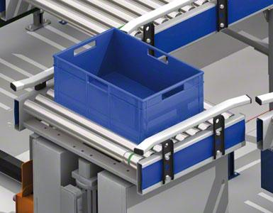 Die Lagerbehälter werden durch automatisierte Fördermittel bewegt.