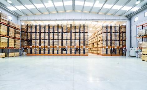 Zwei Lagersysteme erzielen eine höhere Lagerkapazität und führen zu einem schnelleren und effizienteren Betriebsablauf bei Connorsa