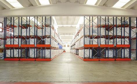 Saccheria Franceschetti, der italienische  Sack- und Big-Bag Hersteller, erweitert seine Lagerkapazität durch den Einsatz von Movirack Regalanlagen