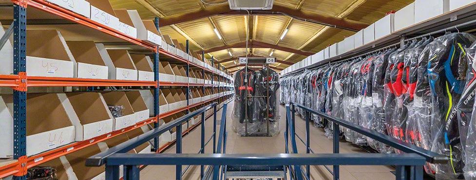 Effizienz im Omnichannel-Lager von Motocard in Solsona