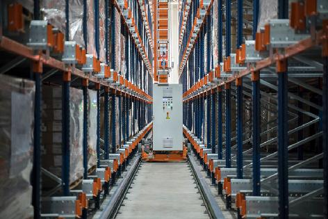 Finieco modernisierte seine Logistik mit einem vollautomatischen Lager